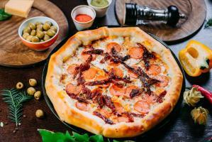 Пицца Шеф с сырными бортиками